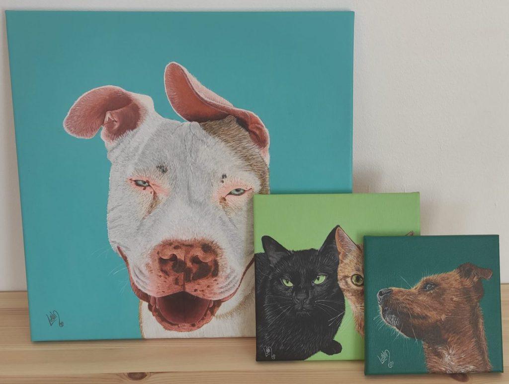 Distintos tamaños de retratos personalizados de mascotas